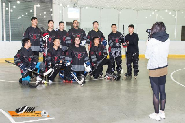 Honey Badgers vs Elitez - Photos - Vancouver Inline Hockey